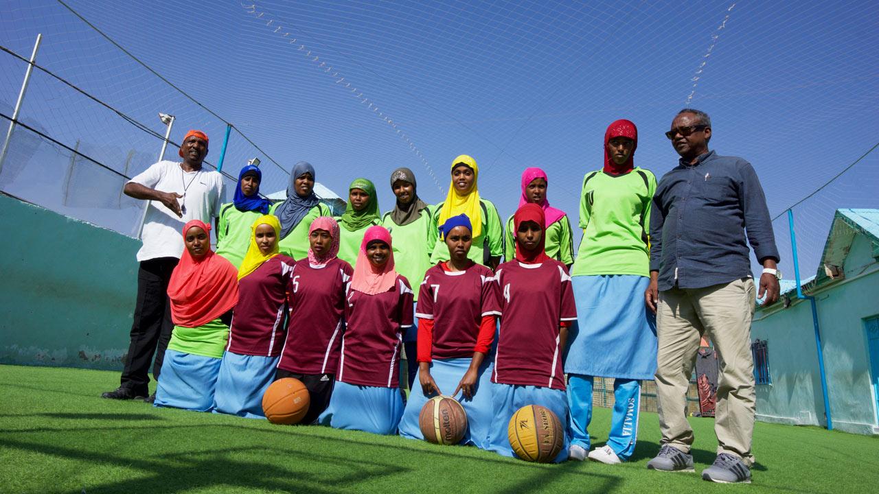 Somaliska flickornas basketboll lag i teambild